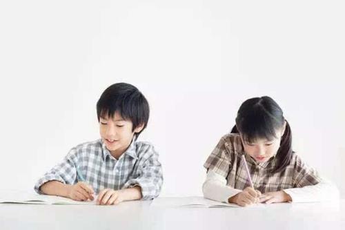 """孩子做错题粗心总说""""不是故意""""是真的吗?.jpg"""