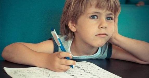 孩子记忆力差因为注意力不集中该怎么办?.jpg
