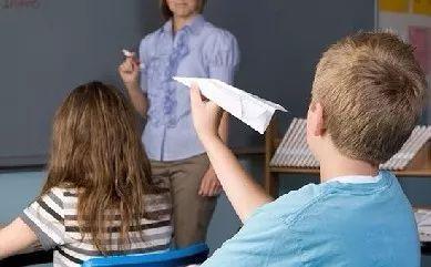 孩子多动注意力老是不集中和学习障碍有关吗?.jpg