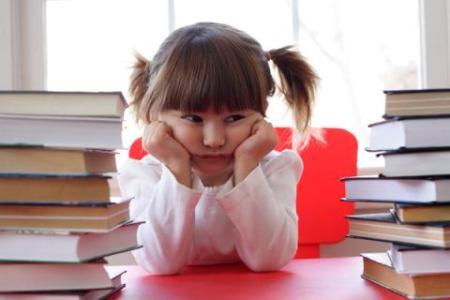 沈阳小孩做作业太慢是什么原因该怎么办?.jpg