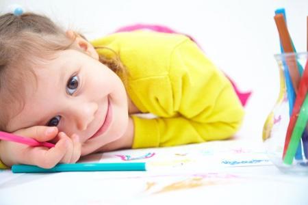 孩子写作业不专心、爱拖拉几道题写半天该怎么办?.jpg