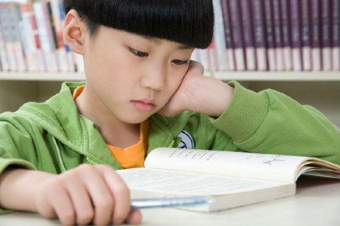 孩子字母数字老写反写错是怎么回事该怎么办?.jpg
