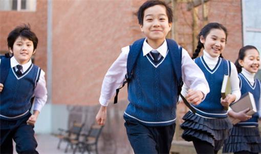 怎么让孩子注意力集中?家长可以用这7个方法来引导.jpg